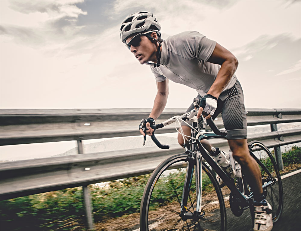Cycling with maximum effort on the road to improve