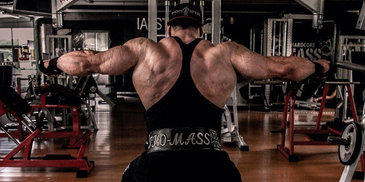 Huge back muscles at work