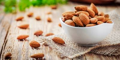 Almonds: why are they so good?